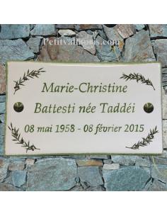 Plaque funéraire rectangle décor brins d'olives aux angles bord et inscription personnalisée verte
