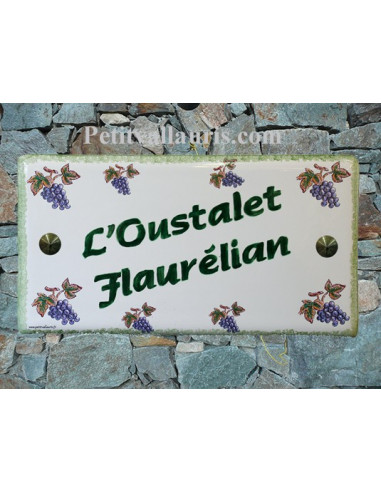 Plaque de Maison rectangle décor grappes de raisin inscription personnalisée bord verte