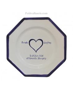 Assiette souvenir Mariage octogonale grand modèle décor coeur bleu au centre