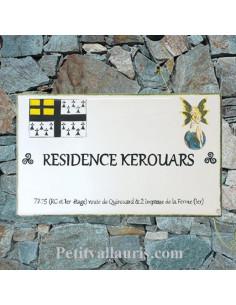 Plaque rectangulaire en céramique avec écusson-armoiries bretonnes et elfe