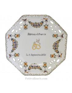 Assiette de Mariage octogonale petit modèle décor tradition vieux moustiers polychrome