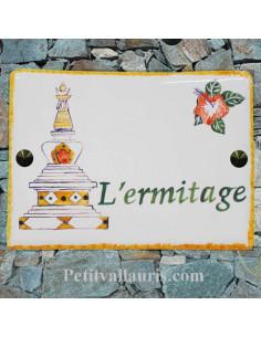 plaque pour maison céramique personnalisation temple Hindou et fleurs d'hibiscus