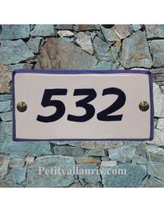 Plaque numéro de maison faience émaillée blanche bord et texte bleu inscription personnalisée
