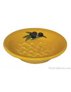 Gratte-Rape aïl rond en faience jaune provençale décor artisanal décor Olives noires