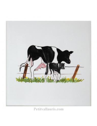 carreau mural en faience blanche avec motif artisanal la vache et son veau