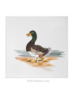 Carreau mural en faience blanche avec motif artisanal Le canard col vert