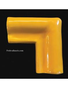Listel d'angle modèle corniche en faience émaillée couleur unie jaune provençal
