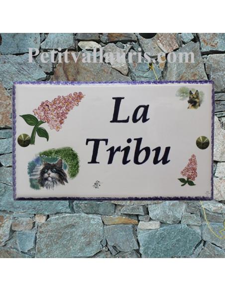 Plaque pour maison en faïence motif artisanal lilas avec inscription personnalisée