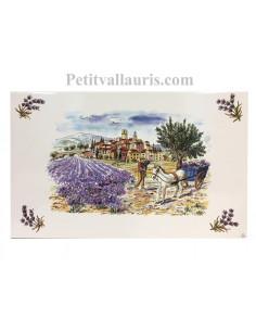 Petite Fresque céramique murale blanche motif récolte des lavandes et charretier en provence