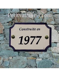 Plaque de Maison en céramique aux angles incurvés avec bord bleu+ inscription personnalisée bleue