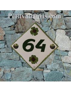 Numéro de maison en faience décor motif artisanal trèles à 4 feuilles + personnalisation