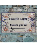 Plaque de villa rectangle en céramique émaillée décor artisanal fleurs bleues et roses + inscription personnalisée