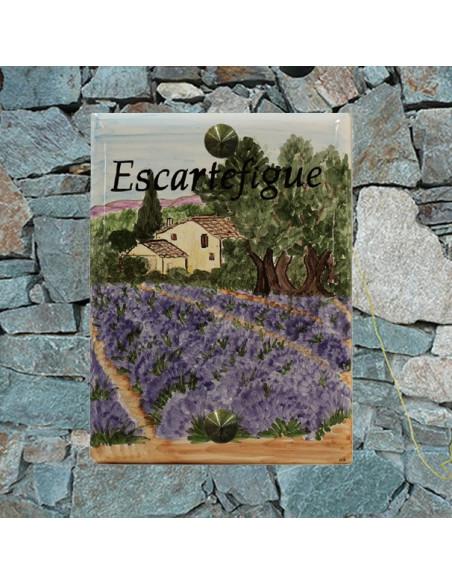 Plaque de maison émaillée motif artisanal bastide et champs de lavandes et inscription personnalisée