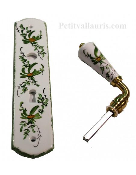 Plaque de propreté avec poignée en porcelaine blanche modèle avec orifice pour clés motif artisanal fleurs vertes