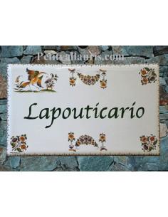 Plaque rectangulaire pour villa en céramique émaillée motif inspiration tradition vieux moustiers + personnalisation