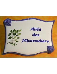Plaque de forme parchemin décor personnalisé Micocouliers