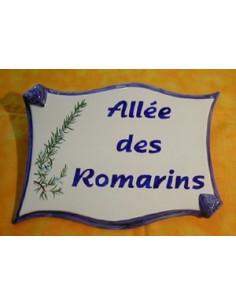 Plaque de forme parchemin décor personnalisé Les Romarins
