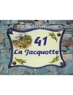 Plaque de maison modèle parchemin en céramique motif Bord de mer et olivier + personnalisation bleue
