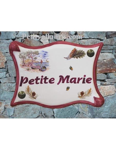 Plaque de maison en céramique modèle parchemin motif Calanques + personnalisation coloris rose