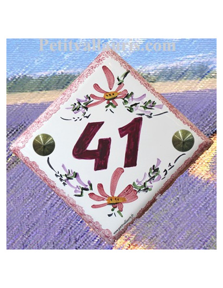 Numéro de rue ou de maison sur plaque en faience décor fleurs roses