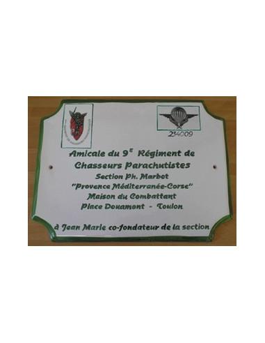 Plaque de maison de style en céramique décor Ecusson Militaire