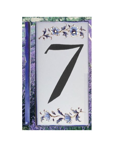Numero de rue à coller en faience chiffre 7 motif fleurs tradition bleu