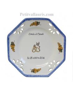 Assiette souvenir Mariage octogonale petit modèle décor mimosas bord bleu