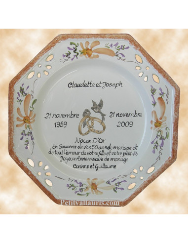Assiette de Mariage octogonale décor fleurs saumons avec poème noces d'or
