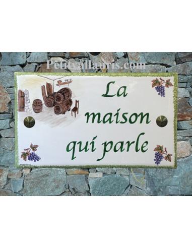 Plaque de Villa rectangle signalétique en céramique francaise inscription personnalisée et motif thème cave et vigne