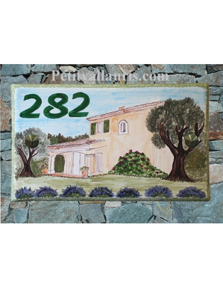 Plaque en céramique émaillée forme rectangle décor artisanal Maison Traditionnelle Var + personnalisation