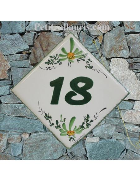 Plaque numéro de maison en faience émaillée motif artisanal fleurs vertes + chiffre personnalisé vert