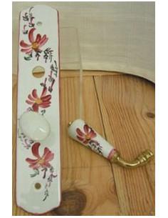 Plaque de propreté avec poignée en porcelaine modèle fermeture avec verrou condamnation motif artisanal Fleurs roses