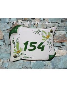 Plaque de Maison parchemin décor fleurs vertes inscription personnalisée vertes