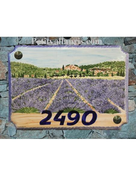Grande plaque de maison en céramique modèle aux angles incurvés motif Lavandes et village haute provence + personnalisation