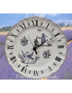 Horloge faïence de style décor Tradition Vieux Moustiers bleu
