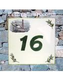 Plaque personnalisée pour votre maison décor bateau de pèche et brins d'olivier inscription verte
