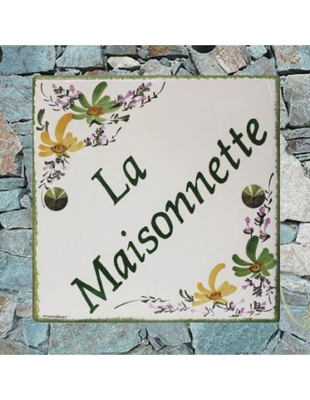Grande plaque de maison en céramique modèle carrée motif avec motif artisanal fleurs vertes et orangées + personnalisation