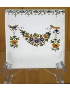 Carreau frise droite et guirlande polychrome décor Tradition Vieux Moustiers