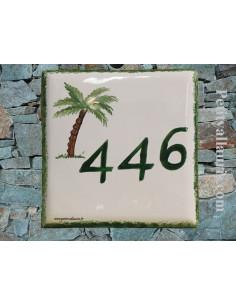 Numéro de maison en faïence avec gravure chiffre personnalisé motif palmier-cocotier