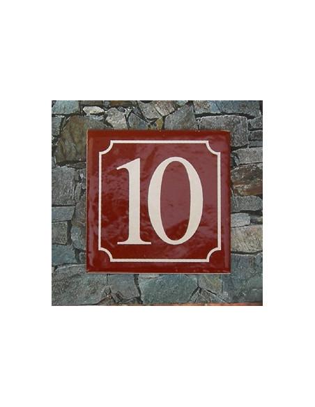 Numéro de rue fond pourpre liseré blanc n° 10