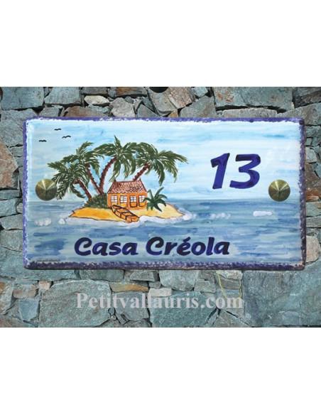 Plaque de Maison en céramique émaillée décor artisanal exotique ilot et palmier inscription personnalisée