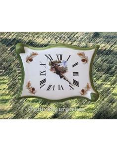 Horloge parchemin en faïence décor Calanque et pomme de pin