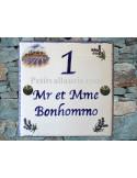 Plaque personnalisée pour votre maison décor mas provençal et lavandes inscription bleue