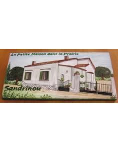 Plaque de Maison en céramique émaillée décor artisanal modèle client dans le var + personnalisation du texte