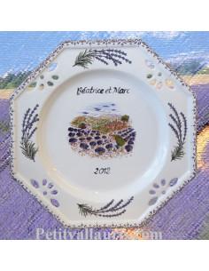 Assiette d'anniversaire ajourée décor récolte des lavandes personnalisé