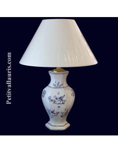 Lampe en faïence hexagonale décor Tradition Vieux Moustiers bleu