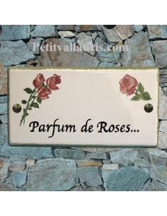 Plaque de maison en céramique décor Les Roses