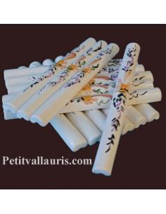 Listel fin ou corniche émaillée décor fleur beige
