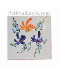 Carreau décor fleuri orange et bleu 10 x 10 cm