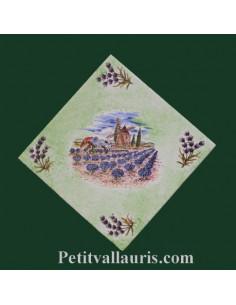 Décor sur carreau 15 x 15 motif moulin et champs de lavande fond vert fond vert clair pose diagonale
